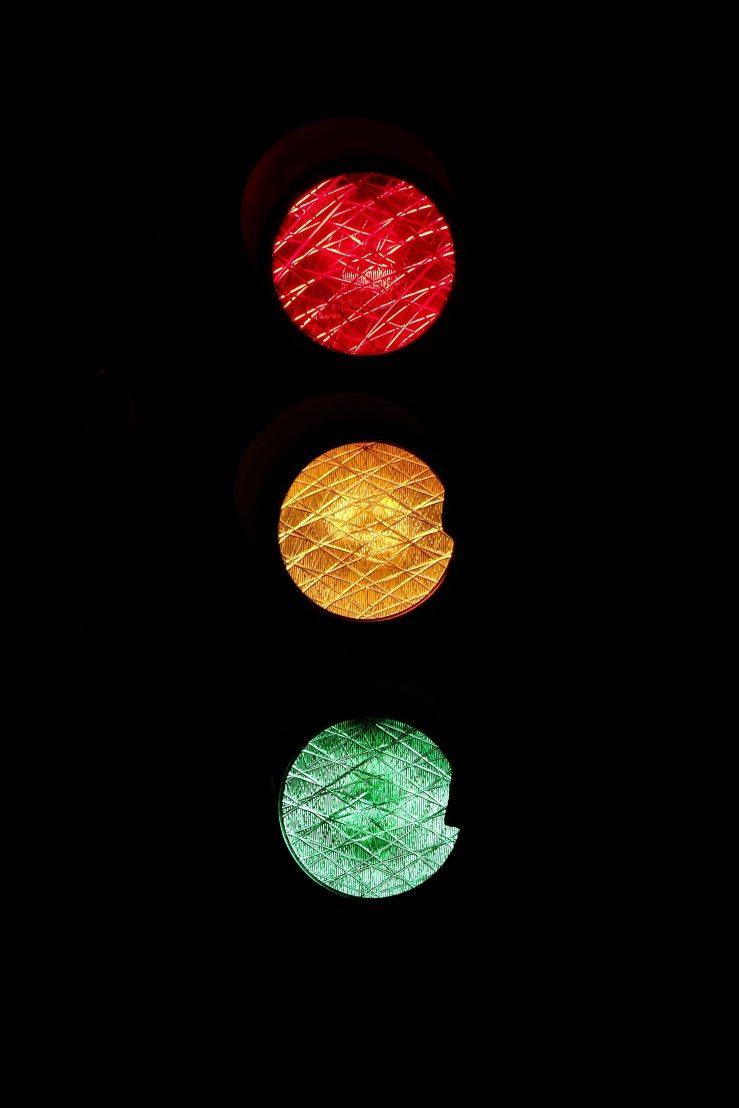 light-light-signal-road-sign-46287.jpg